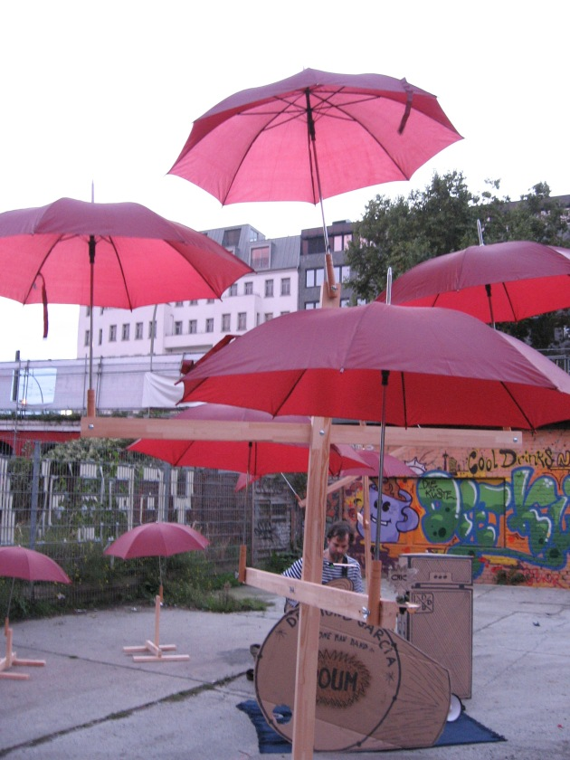 desmond_gargica_red_umbrellas